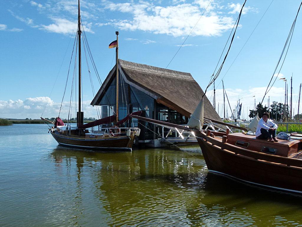 Hafen im Bodden Zingst
